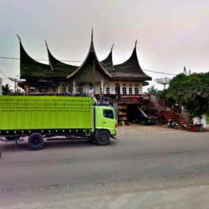 Cargo Jakarta ke Padang