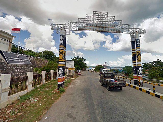 Gerbang Pelabuhan Tenau