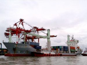 Cargo Murah Surabaya ke Ambon